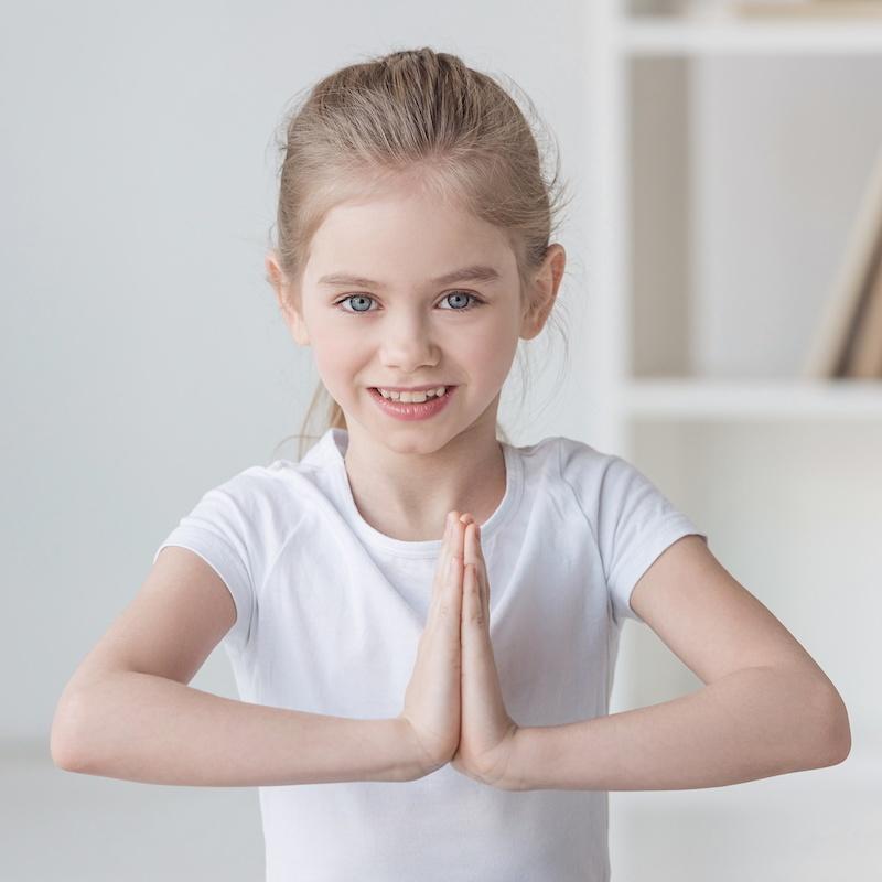 cours de yoga privatise en milieu scolaire