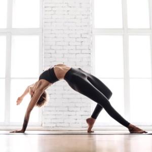 DÉFI 21 jours | YOGA TONIQUE | Affinez votre corps et Resplendissez ! (en Video Live + en Replay)