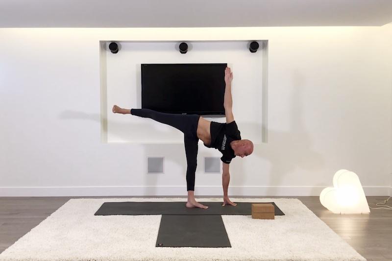 Cours de Hatha Yoga Étirements et renforcement musculaires