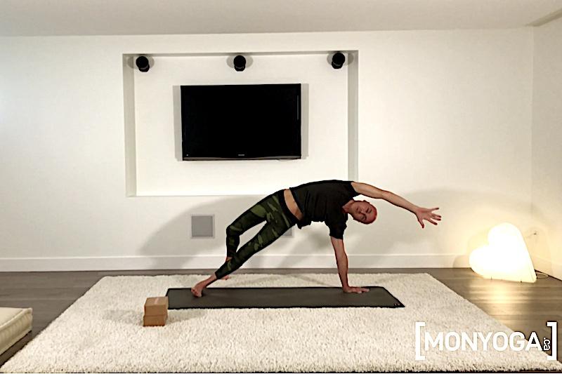 Cours de Power Yoga pour affiner sa silhouette et sculpter son corps