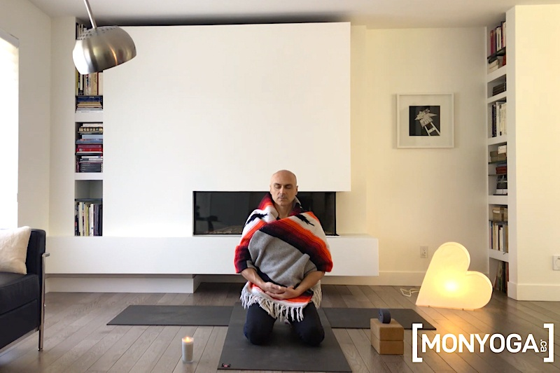 Cours de yoga pour se connecter à l'instant présent