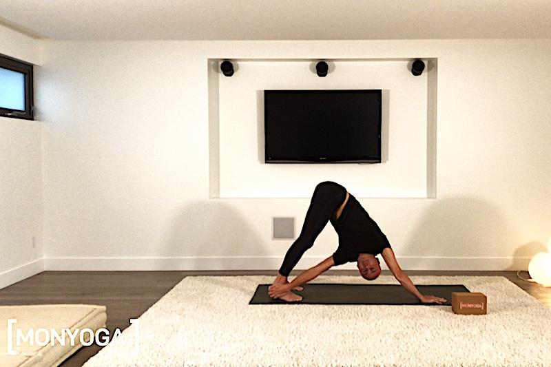 Cours de Power Yoga pour le nettoyage et la détoxication du foie