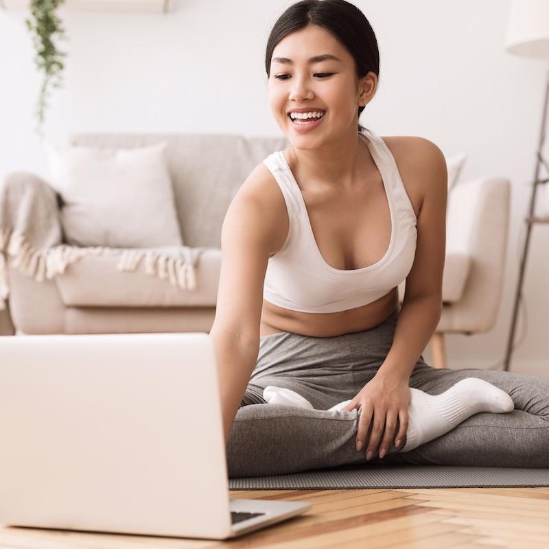 Formation de Yoga en ligne   Cours de yoga en ligne